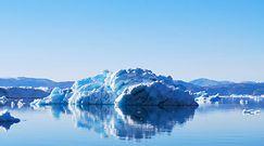 Grenlandia straci latem ok. 440 mld ton lodu. Naukowcy alarmują: To koniec świata