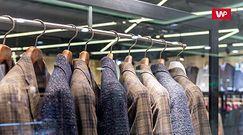 Dwa płaszcze o podobym składzie, a różna cena. Tak oszukują producenci