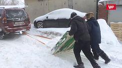 Rosyjski pług śnieżny. Ich pomysłowość zaskakuje