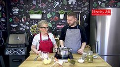 Domowa zupa ogórkowa. Przepis Joli Caputy