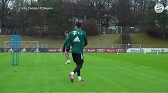 #dziejesiewsporcie: można oglądać w nieskończoność. Piękny gol Roberta Lewandowskiego na treningu