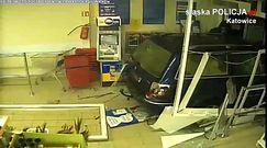 Zuchwały napad w Katowicach. Staranowali autem drzwi Tesco