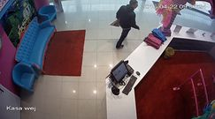 Ukradł pieniądze z galerii handlowej z Poznaniu, ale zarejestrowała go kamera monitoringu