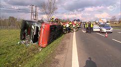 Wypadek autokaru koło Warszawy