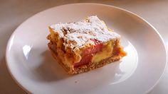 Niezawodny przepis na ciasto z rabarbarem, budyniem i kruszonką