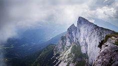 Nowy gatunek bakterii w Alpach. Ma pomóc rozkładać plastik