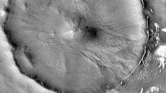 Lodowe lawiny na Marsie. Naukowcy przeprowadzili nowe badania