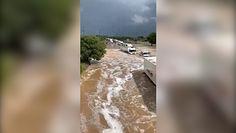 Powódź błyskawiczna na autostradzie. Wstrząsające nagranie z Francji
