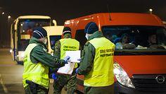 Koronwirus w Polsce. Straż graniczna: Żeby uniknąć kwarantanny niektórzy przyjeżdzają w bagażnikach