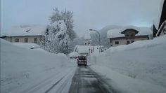 """""""Bestia ze Wschodu"""" nadchodzi. Północne Włochy już toną pod śniegiem"""