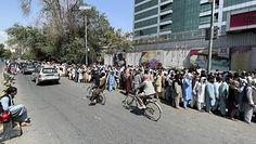 Nowa rzeczywistość w Afganistanie. Mieszkańcy Kabulu podejmują rozpaczliwe decyzje