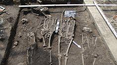Szkielety z XVII w. w centrum miasta. Odkrycie archeologiczne w Jarosławiu
