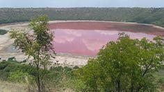 Jezioro zmieniło kolor. Stało się to z dnia na dzień