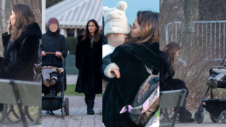 Weronika Rosati DOTLENIA SIĘ PAPIEROSEM na spacerze z córką i nianią