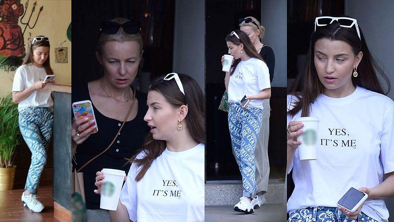 Julia Wieniawa w stylizacji za 2 tysiące złotych zabrała mamę na kawę do sieciówki