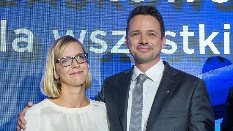 """Żona Rafała Trzaskowskiego zdradza sekret udanego małżeństwa: """"Wiele nas łączy i różni jednocześnie. To zawsze jest atrakcyjne"""""""