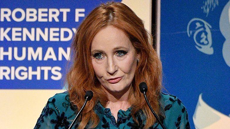 """J.K. Rowling w ogniu krytyki za TRANSFOBICZNE wpisy! Pisarka odpiera zarzuty: """"Mówienie prawdy nie jest NIENAWIŚCIĄ"""""""