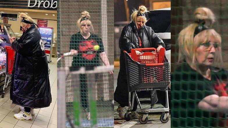 Maryla Rodowicz robi zakupy w supermarkecie przed treningiem na korcie