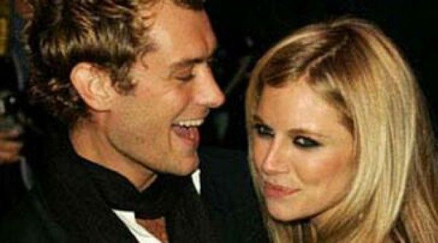 Jude Law & Sienna Miller. Nicole Kidman. Jennifer Aniston