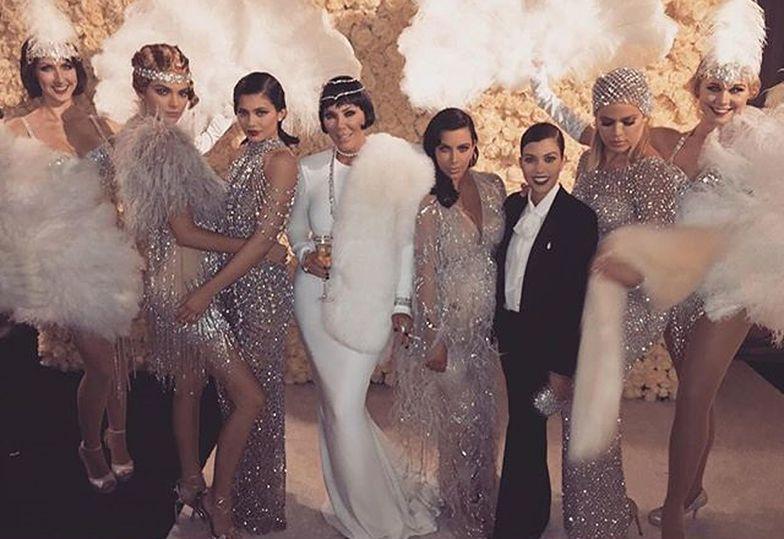 Tak się bawiły Kardashianki na urodzinach Kris Jenner