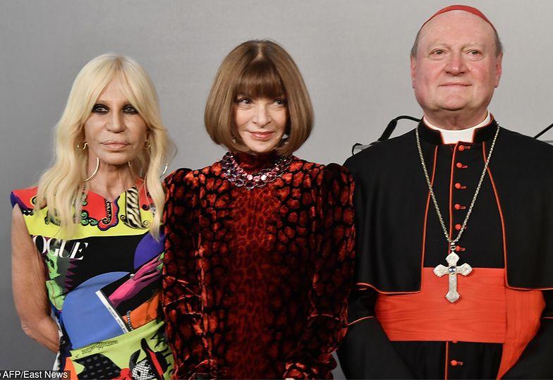 Wintour i Versace w Watykanie