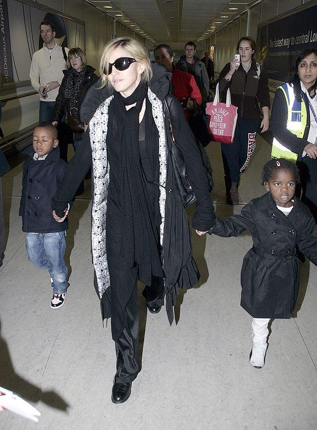 Rodzina adoptowanej Mercy pozywa Madonnę!