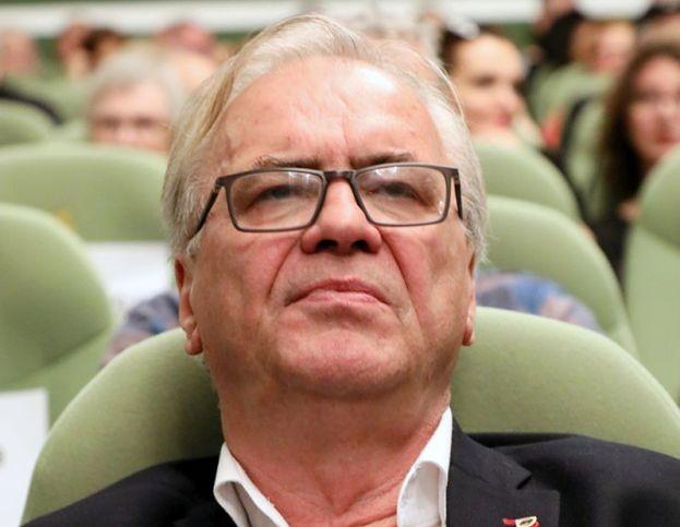 """Film """"Solid Gold"""" został wycofany z festiwalu w Gdyni. Reżyser wydał oświadczenie: """"Wywarto nacisk na producenta"""""""