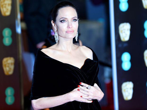 Angelina Jolie trafiła do szpitala przez stres i utratę wagi?