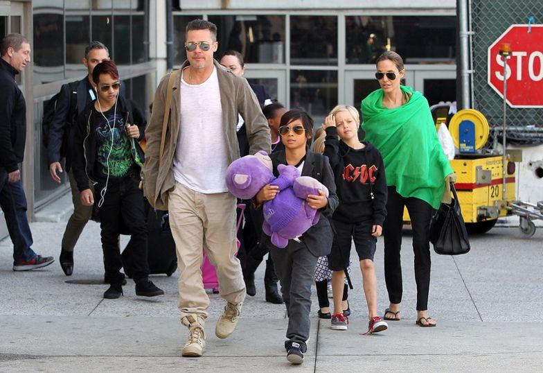 Szczęśliwa rodzina Angeliny i Brada...