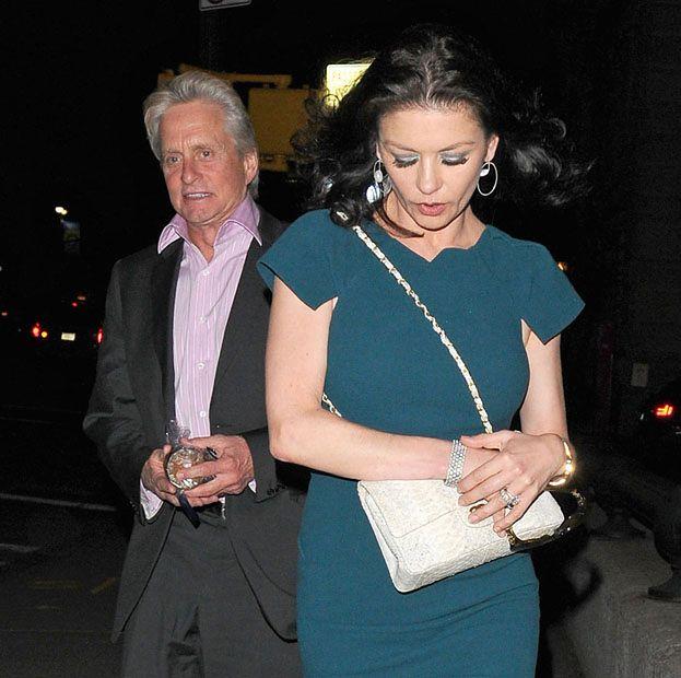 Była żona Douglasa mści się na Catherinie Zecie-Jones!