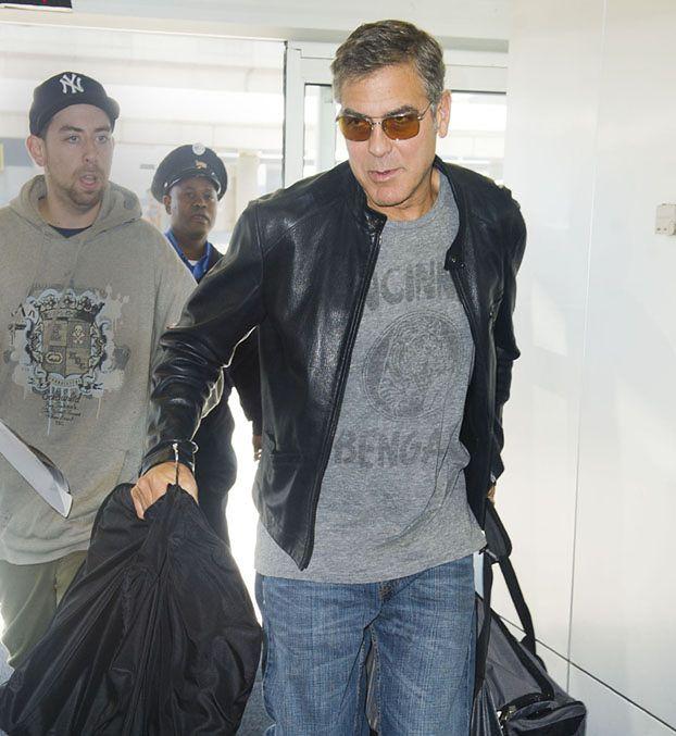 """Clooney: """"Zafundowałem sobie prasowanie moszny"""""""