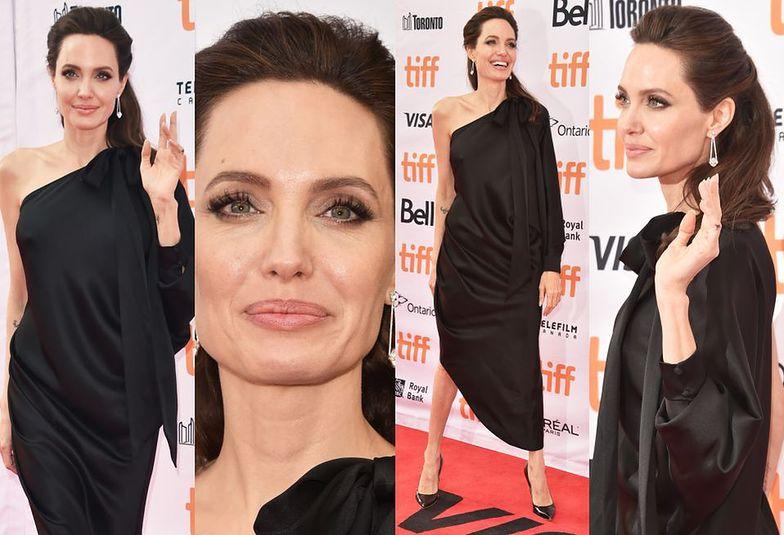 Angelina Jolie na czerwonym dywanie w Toronto