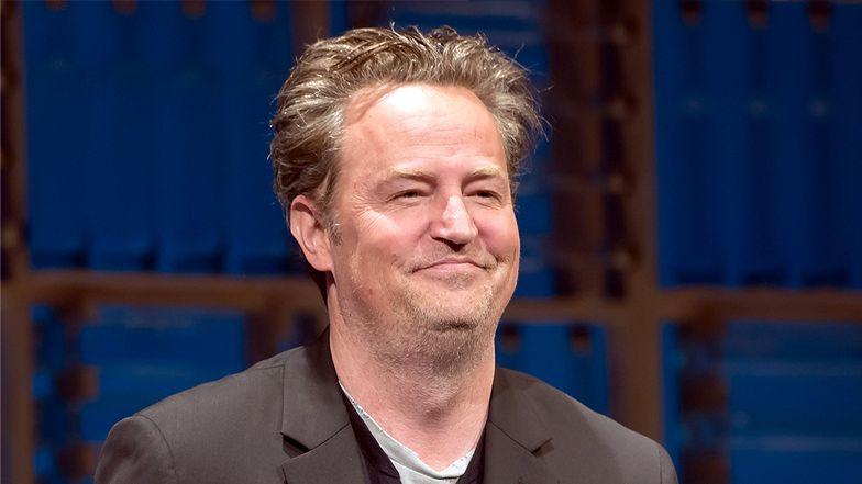 """Zmarnowany Matthew Perry promuje odcinek specjalny """"Przyjaciół"""". Fani martwią się STANEM AKTORA"""
