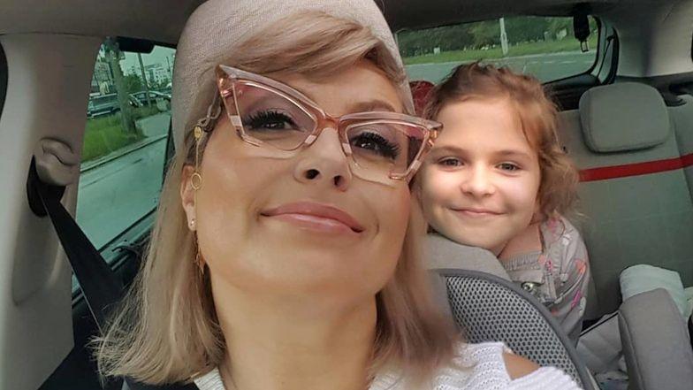 """Pomysłowa Katarzyna Skrzynecka zafundowała OŚMIOLETNIEJ córce niecodzienny MAKIJAŻ: """"Takie rzęski nauczyła mnie robić babcia"""" (FOTO)"""