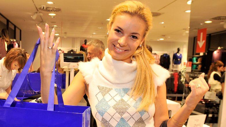 Oszczędna Izabela Janachowska na nowym urlopie ubrała Christophera w markowy komplet z POPRZEDNICH wakacji