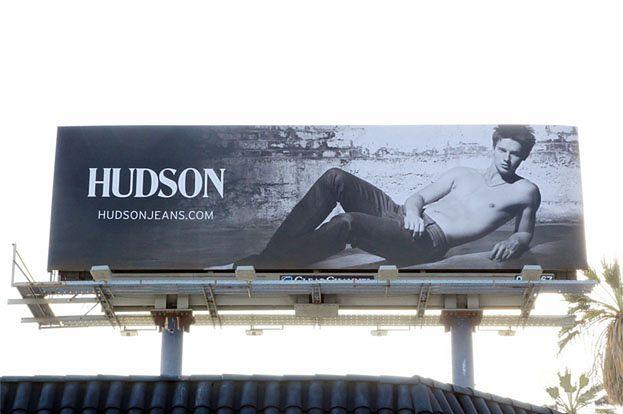 Syn Schwarzeneggera został modelem! (ZDJĘCIA)