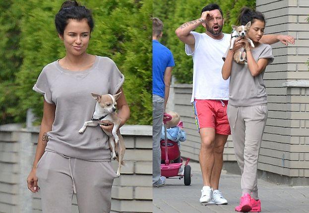 Siwiec bez makijażu na spacerze z mężem (ZDJĘCIA)