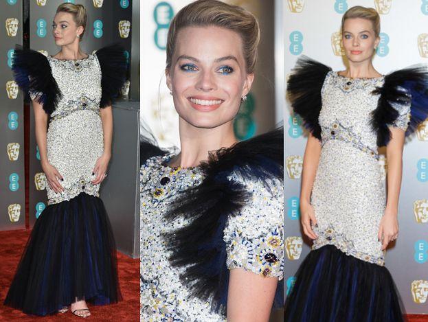 Margot Robbie straszy na gali BAFTA w koszmarku od Chanel