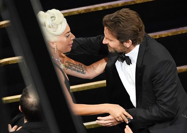 """Lady Gaga komentuje plotki o romansie z Cooperem: """"Nic nie mogło być bardziej wyjątkowe od dzielenia tego momentu z Oscarów z prawdziwym przyjacielem"""""""