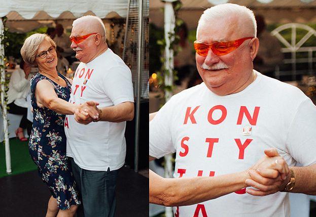 """Wesele ciężarnej córki Lecha Wałęsy. Były prezydent pląsał w koszulce z napisem """"KONSTYTUCJA"""" (FOTO)"""