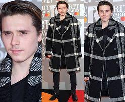 Młodzieńczy wąs Brooklyna Beckhama na Brit Awards