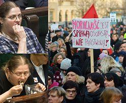 """Pawłowicz o protestujących Polkach: """"Zachowują się jak ulicznice. Infantylne pajacowanie wykolejonych kobiet"""""""