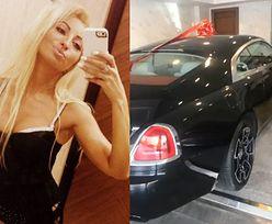 """Jola Rutowicz dostała na święta... Rolls Royce'a za 2 MILIONY! """"Ładny prezent, co?"""" (FOTO)"""