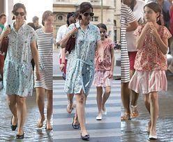 Katie Holmes i Suri Cruise przemierzają Paryż w kwiecistych sukienkach