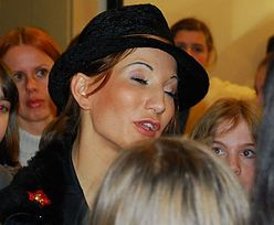 Steczkowska - twarz, plecy, biust
