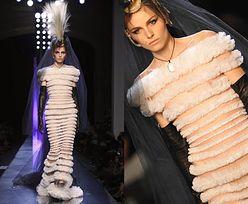 Model w sukni ślubnej! (PRZESADA?)