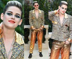 Androgyniczna Kristen Stewart wdzięczy się na pokazie Chanel