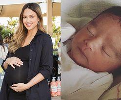 Jessica Alba urodziła trzecie dziecko! Na Instagramie pokazała zdjęcie i zdradziła imię... (FOTO)
