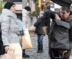 Karolak pomaga obładowanej Wiolecie pakować zakupy (ZDJĘCIA)