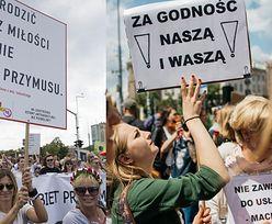 """Organizatorki Marszu Godności: """"Nie stoją za nami politycy. Jesteśmy inicjatywą kobiet wkurzonych!"""""""